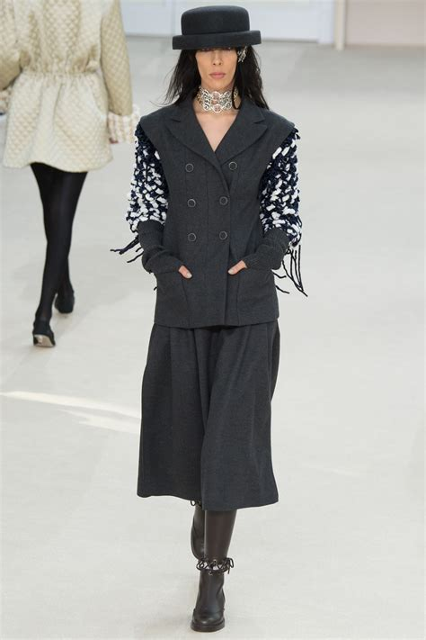 chanel fall  collection mikado