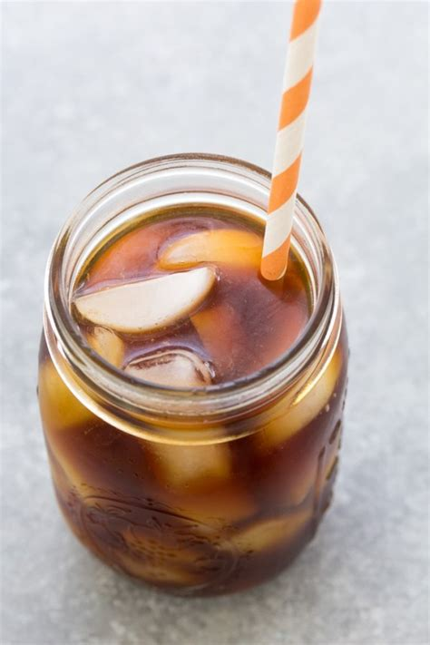 This makes it possible for you to make your favorite iced coffee drink at home. Cold Brew Coffee - Easy Iced Coffee Recipe