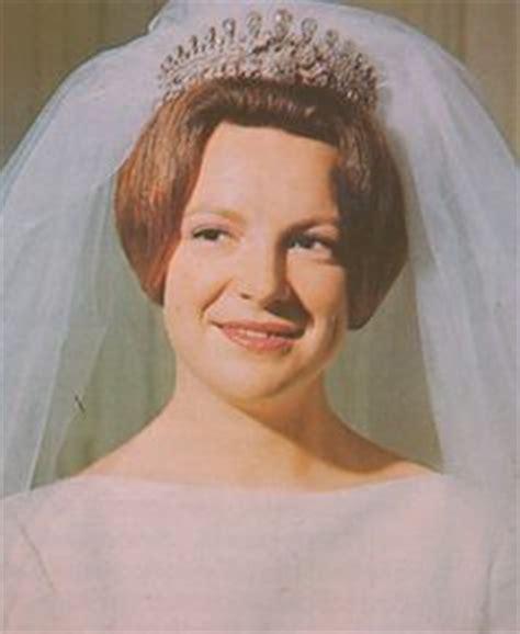 wedding tiaras  pinterest tiaras diamond tiara