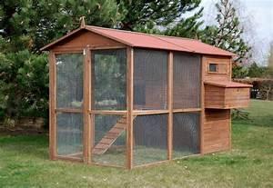 Construire Un Poulailler En Bois : poulailler animaloo ~ Melissatoandfro.com Idées de Décoration