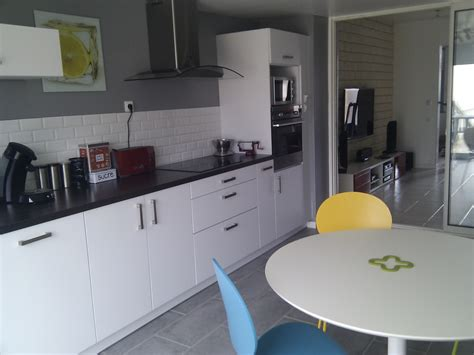 d馗o cuisine grise cuisine rénovée photo 1 3 désolé pour la qualité des photos je n 39 ais pas