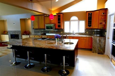 Is it true that granite countertops can be damaged with heat?