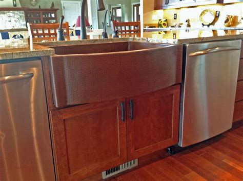 kitchen sink finishes a beautiful cafe finish on this copper farmhouse 2707