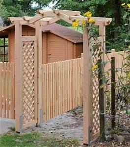Pergola Holz Bausatz : sichtschutz rankgitter aus douglasie lasiert oder lackiert holz im garten ~ Yasmunasinghe.com Haus und Dekorationen