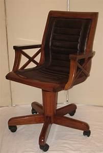 Fauteuil En Bois : fauteuil de bureau en bois pivotant sous chaise bureau lepolyglotte ~ Teatrodelosmanantiales.com Idées de Décoration