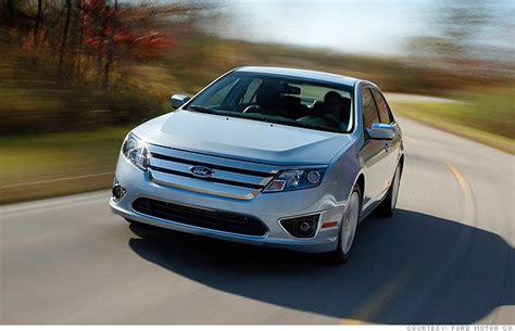 Ford Fusion Hybrid (1