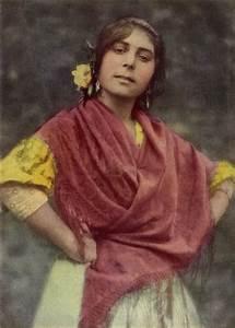 File:Spanish Gypsy NGM-v31-p257.jpg - Wikipedia