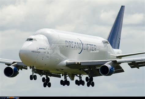 Boeing 747-409 LCF Dreamlifter - Large Preview ...