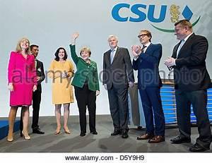 Kleine Olympiahalle München : dorothee baer stellvertretender csu generalsekret r und horst seehofer ministerpr sident ~ Bigdaddyawards.com Haus und Dekorationen