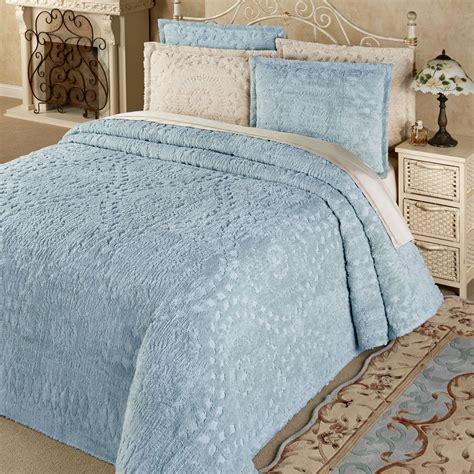 Lightweight Cotton Comforter - lightweight cotton chenille bedspread bedding