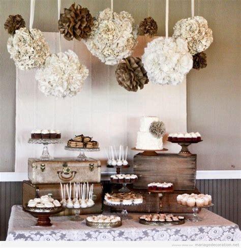 table 224 desserts vintage avec des valises anciennes d 233 coration mariage id 233 es pour d 233 corer un