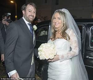 David Mitchell marries girlfriend Victoria Coren in a ...