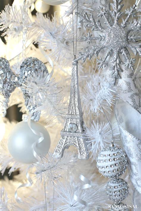 winter wonderland christmas tree sand  sisal