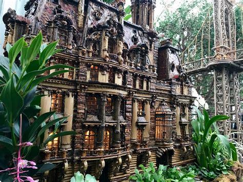 holiday train show    york botanical garden