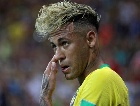 el triple cambio de  del brasileno neymar en su paso