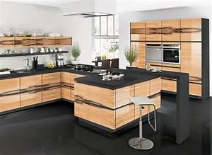 Komplette Küche Mit Elektrogeräten : komplette k che ~ Markanthonyermac.com Haus und Dekorationen