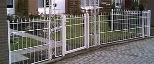 Hausfriedensbruch Grundstück Ohne Zaun : zaun und tor aus metall a z tor zaun gmbh ~ Lizthompson.info Haus und Dekorationen