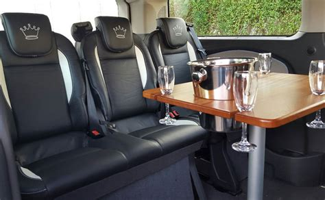 Table  Luxury 8 Seater Hire