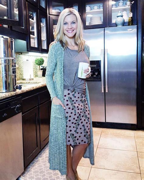 Best 25+ Lularoe cassie ideas on Pinterest | Lularoe skirts cassie Pencil skirts and Floral ...