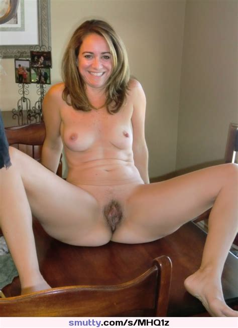 Amateur Milf Hairy Spread Spreadlegs Psff Smile Smallbreasts Thin