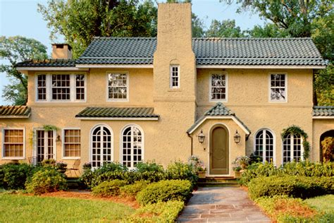 How To Choose Exterior Paint?  Home Exterior Stain Guide