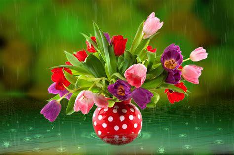 Flowers In Vase Wallpaper