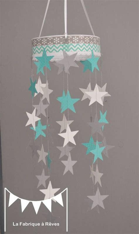 mobile suspension étoiles turquoise gris et blanc