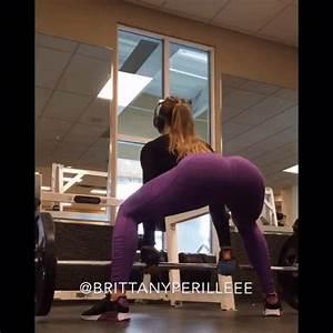 purple yoga pants | Tumblr