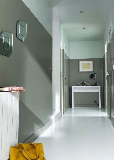 Idee Deco Couloir Gris Et Blanc D 233 Co Couloir Peinture Et Couleur Des Id 233 Es D Am 233 Nagement