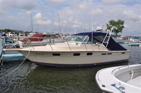 Tiara Boats For Sale Port Clinton Ohio by Midway Marina In Port Clinton Ohio United States