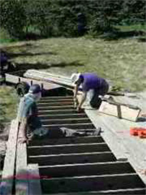 deck floor board spacing gaps proper gap size to leave