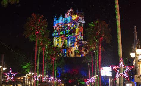 holiday decor  shows light  disneys hollywood