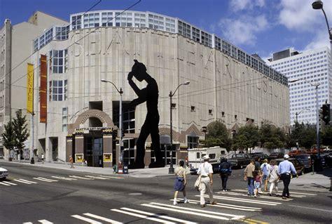 Seattle Art Museum — Larry Speck