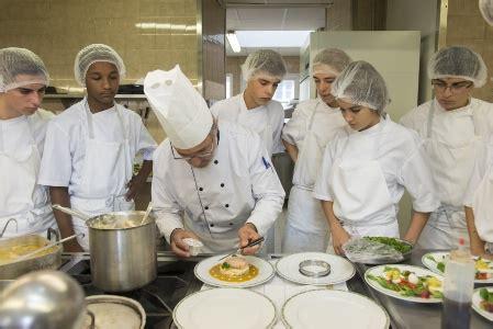 formation cuisine lyon lyon la salle à manger recrute