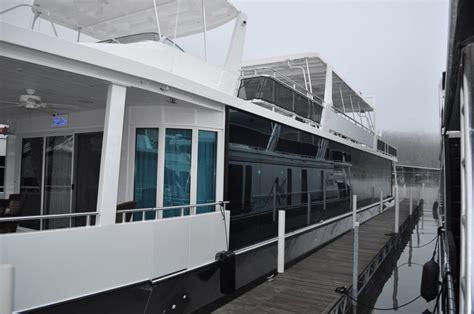 luxury houseboat yacht  glass block walk  shower