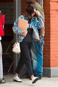 Selena Gomez Street Style - Exits Her Apartment in NYC 09 ...