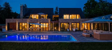 lavish canadian home   gorgeous modern guest house