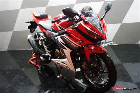 cbr 2016 model honda cbr 150 2016 new model motorcycle riders in thailand