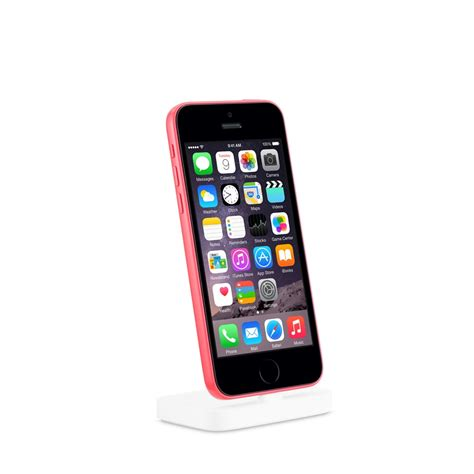 iphone touch id apple store image fuels speculation of iphone 5c