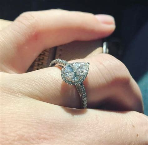 is the engagement ring also the wedding ring jenelle evans look at my engagement ring and also my