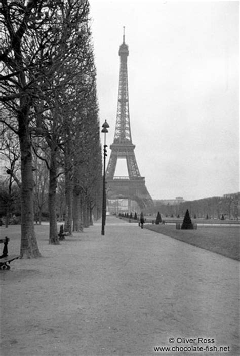Bianco e nero Francia/Eiffel Tower with park in Paris