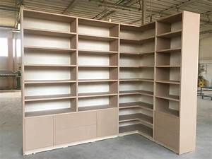 Libreria ad angolo rif Tommaso Valente Armadi Bovolone