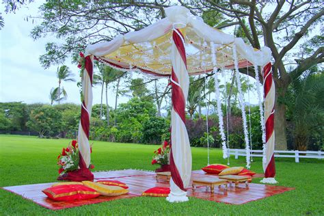 Indian Wedding Decorations- Simple, Pretty, Outdoors