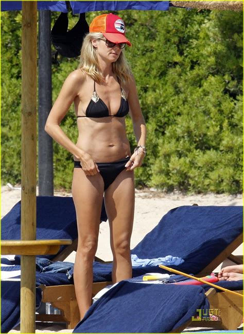Full Sized Photo Of Heidi Klum Bikini Italy 09 Photo