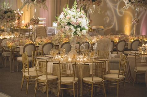 Classic Jewish Wedding At A Synagogue In Houston, Texas