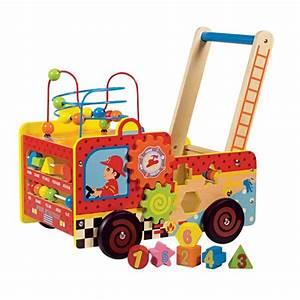 Chariot Bois Bébé : chariot pompier en bois activit s wood n play king jouet activit s d 39 veil wood n play jeux ~ Teatrodelosmanantiales.com Idées de Décoration
