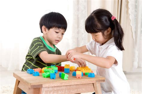 Preschoolers Happier When They Share Because They Want To