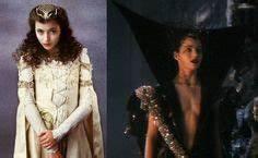 1000+ images about Gothic romance on Pinterest | Mia sara ...