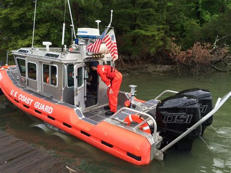 Fast Boat With Engine by Uscg Tests Using Diesel Outboards On Fast Rescue Boats