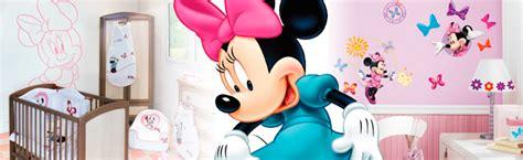 chambre minnie bebe chambre bébé minnie mouse déco minnie disney baby sur